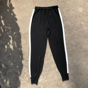 Aqua joggers black with white stripe
